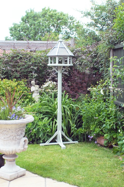 Bird tables & feeders - image 4